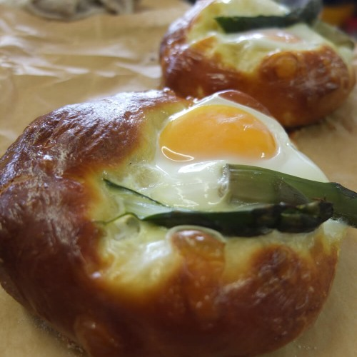 Egg-&-Asparagus-Brioche